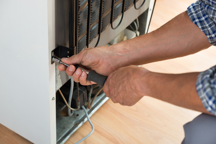 GE Fridge Repair Company, Fridge Repair Company Woodland Hills, GE Refrigerator Mechanic